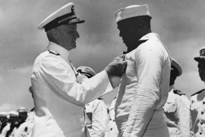 Nimitz pins Navy Cross on Dorie Miller aboard USS Enterprise