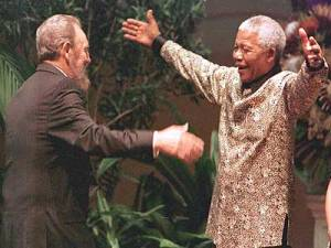 Mandela Admirada a Castro