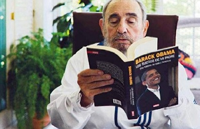 "Castro reading Obama's book ""Dreams of My Father"" in Spanish"