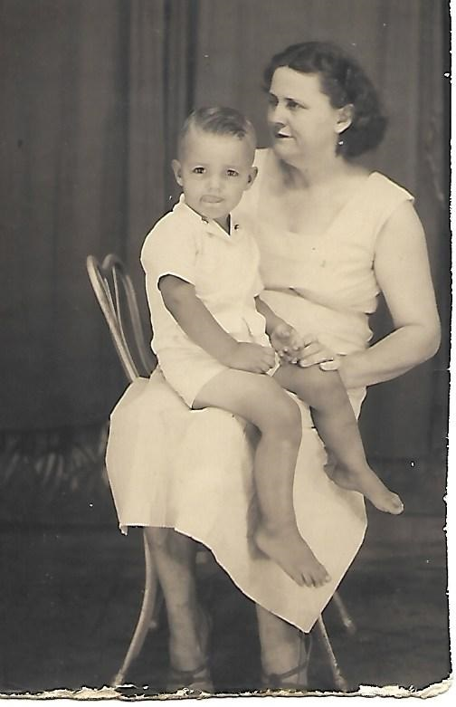 John N White seated on the lap of Adele Elizabeth Morris White